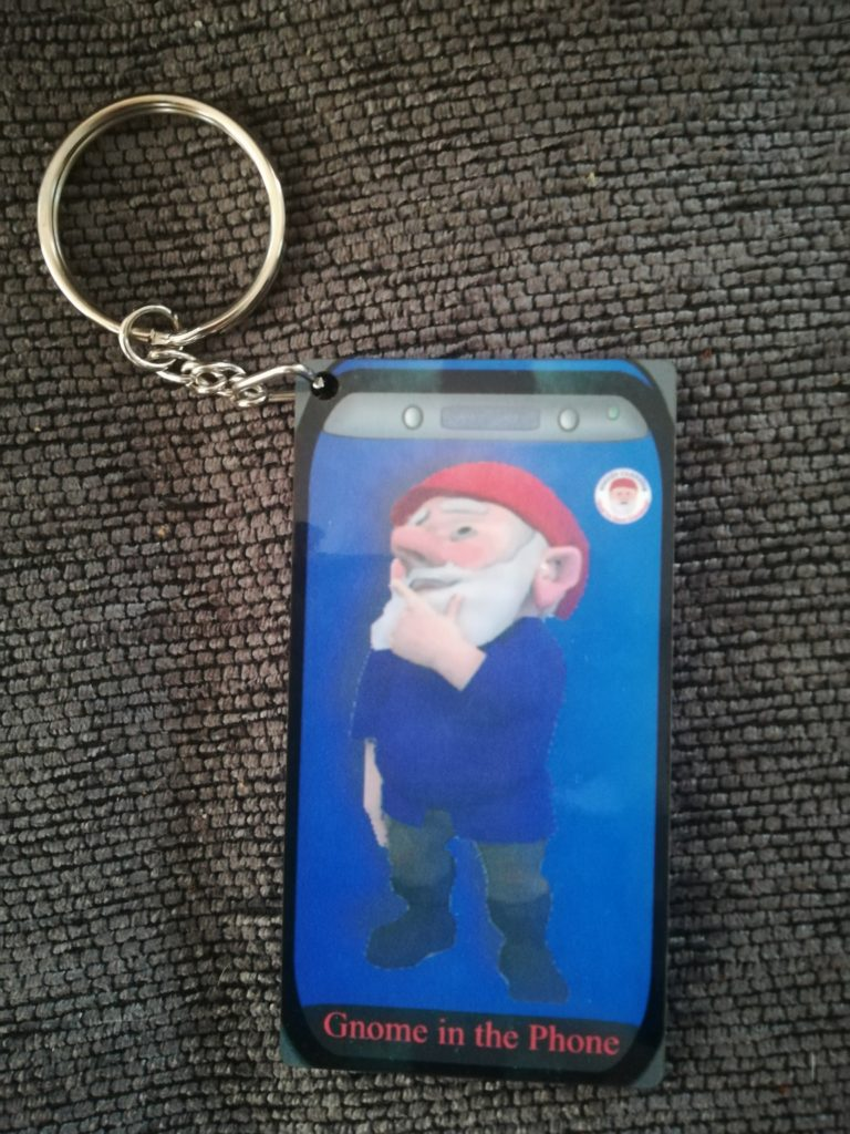 Standing Gnome in the Phone Keyring